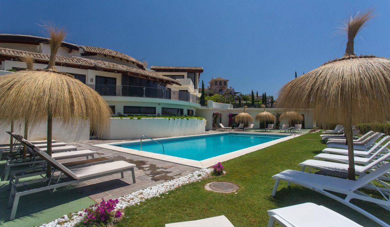 1-Los-Flamingos-Marbella-luxury-villa-rental-pool