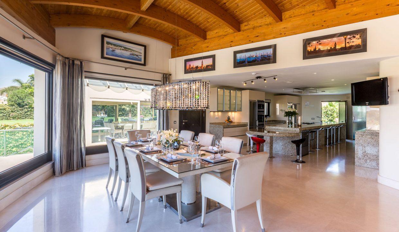 Los-Flamingos-Villa-1-Marbella-dining-kichen