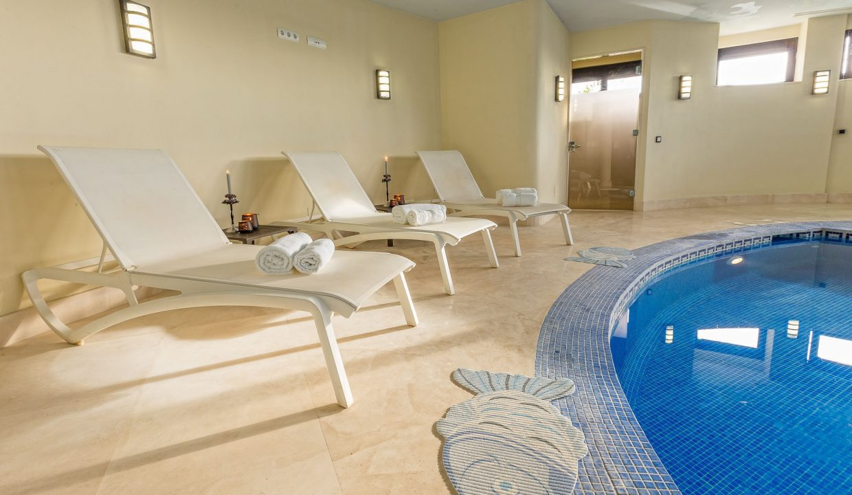 Villa-Los-Flamingos-1-Relax-by-the-pool