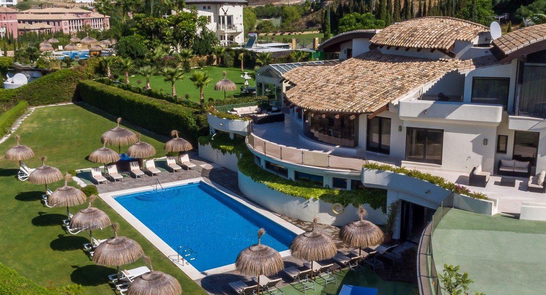 Villa-Los-Flamingos-1-View-Villa-Padierna-1-1