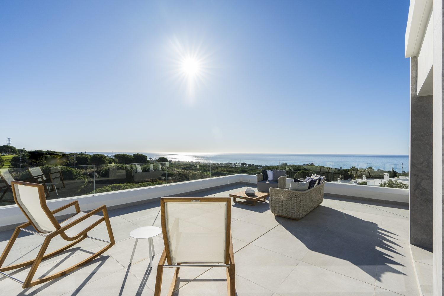 Innovative Home With Open Sea Views In Cabopino, Marbella