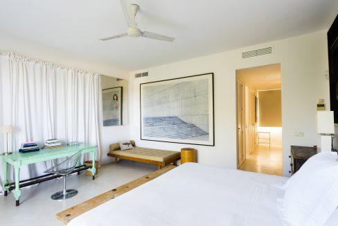int_bedroom_00001