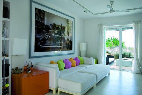 int_bedroom_00010