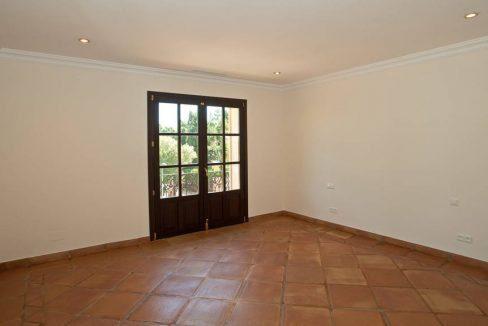 Property-35e4d9afb510e47a9bbc070331932289-91869625